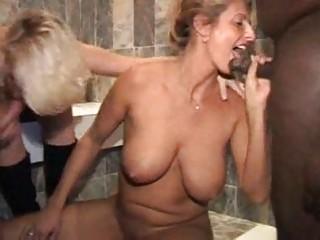 Keessie & Barbara 2 blonde milf's part 2of2 Nederland Dutch