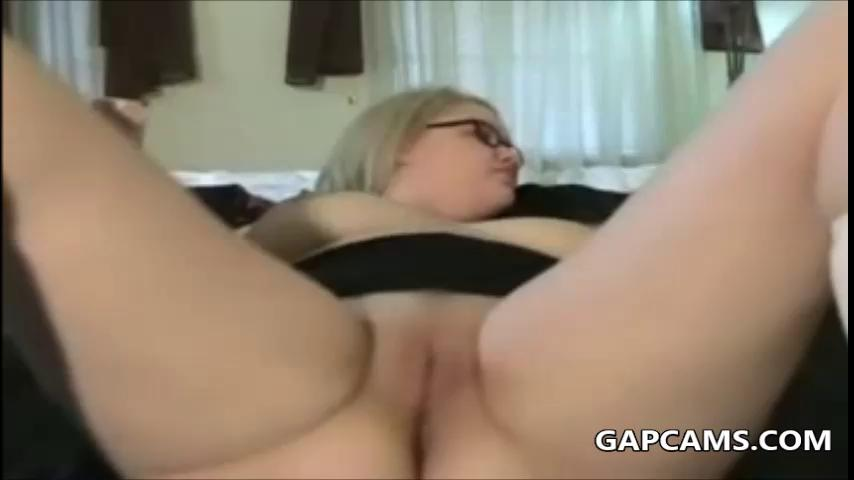 Teen Solo Squirt Moaning