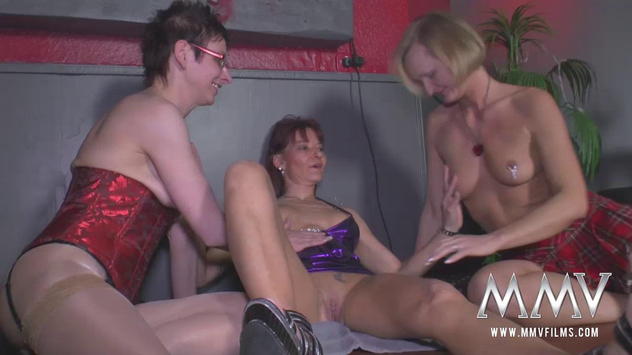 Lesbian Threesome Seducing Hd